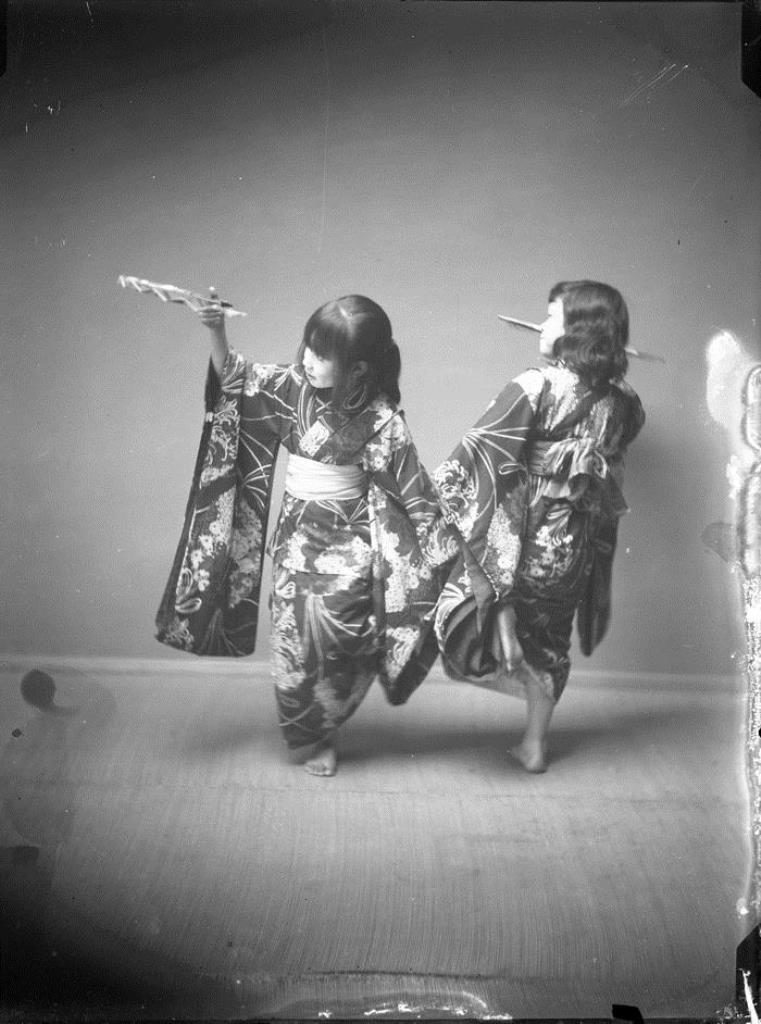 Fig. 7. Two Japanese girls in a studio, attributed to E. A. Hornel, 1893 | © National Trust for Scotland, Broughton House and Garden