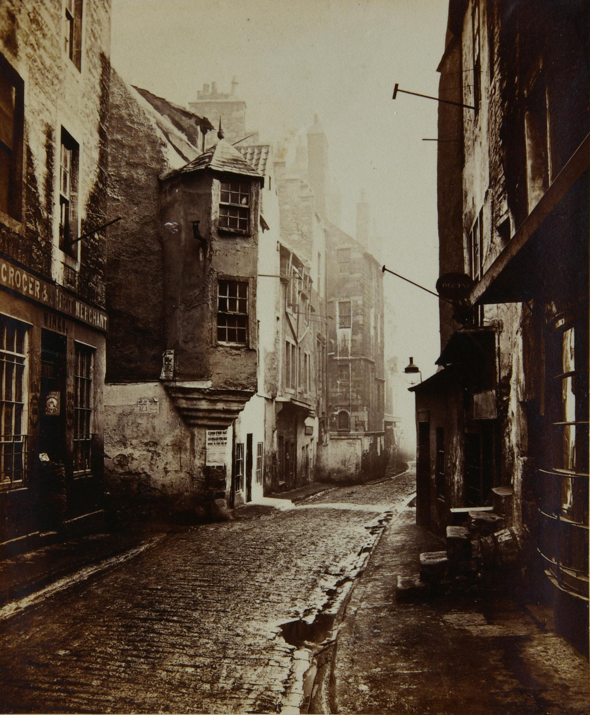 Old nineteenth century image of Edinburgh Streets